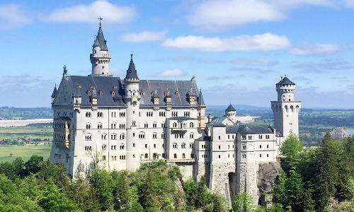 Popular things Munich: Neuschwanstein Castle | Schloss Neuschwanstein